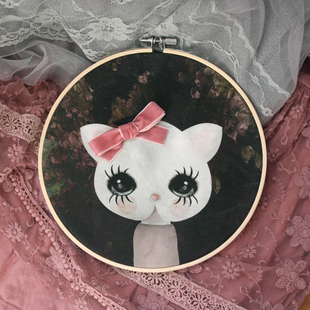 Prívesok vintage mačka s ružovými čela Dizajn