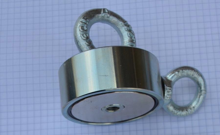 Neodymový magnetický držiak E68x28 M10 M10 180KG