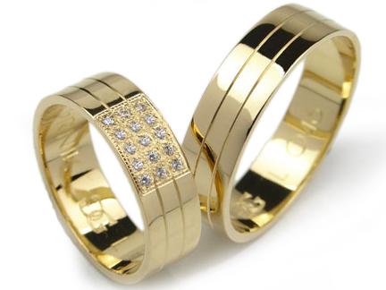 Item GOLDRUN GOLD wedding RING 6MM PAIR of L046
