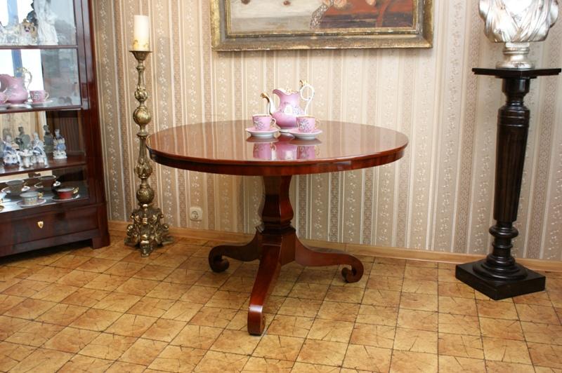Klapka stôl Biedermeier 1820 Originál po rekonštrukcii