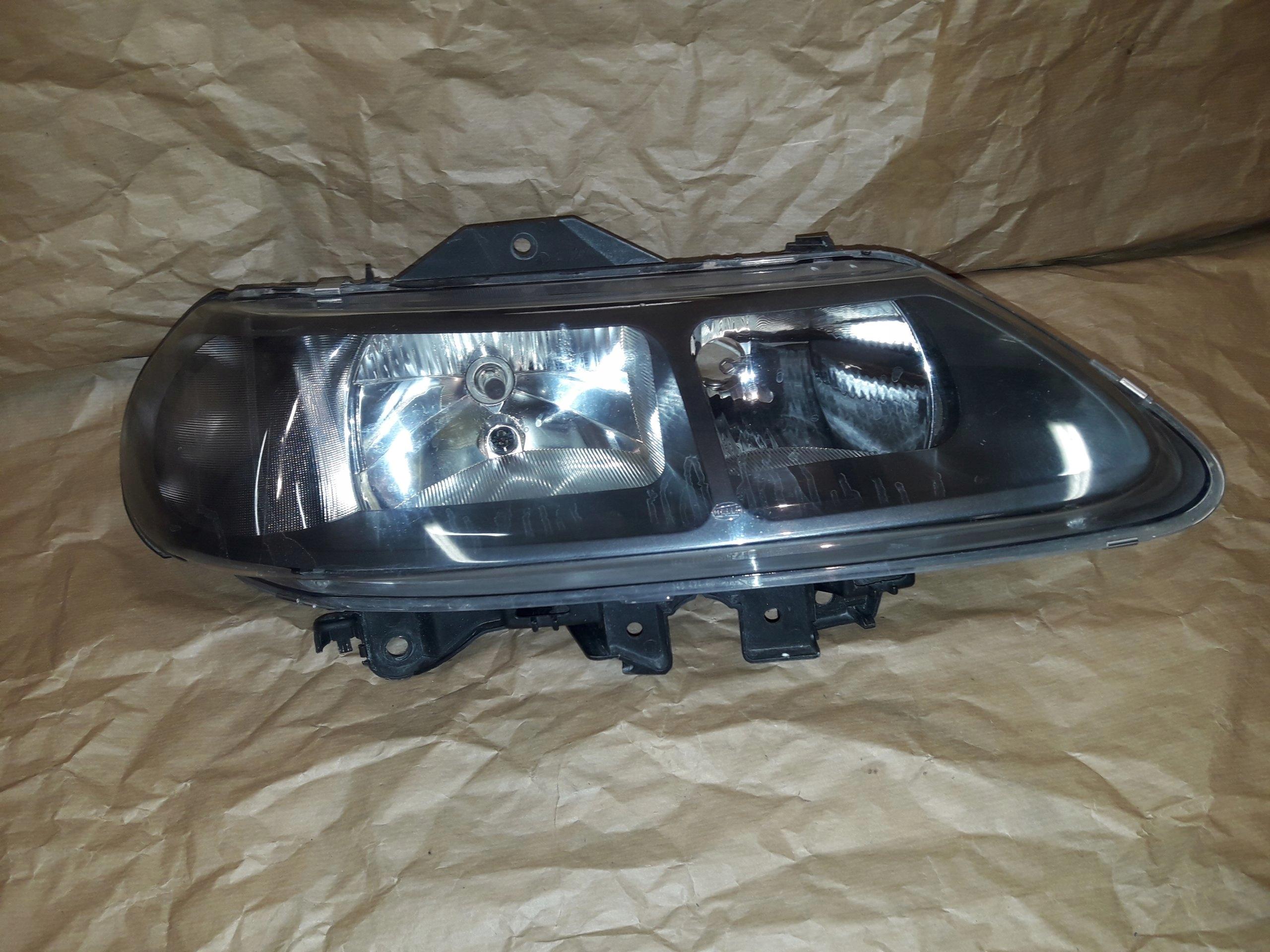 Renault Laguna I Lift Lampa Prawy Przód Przednia