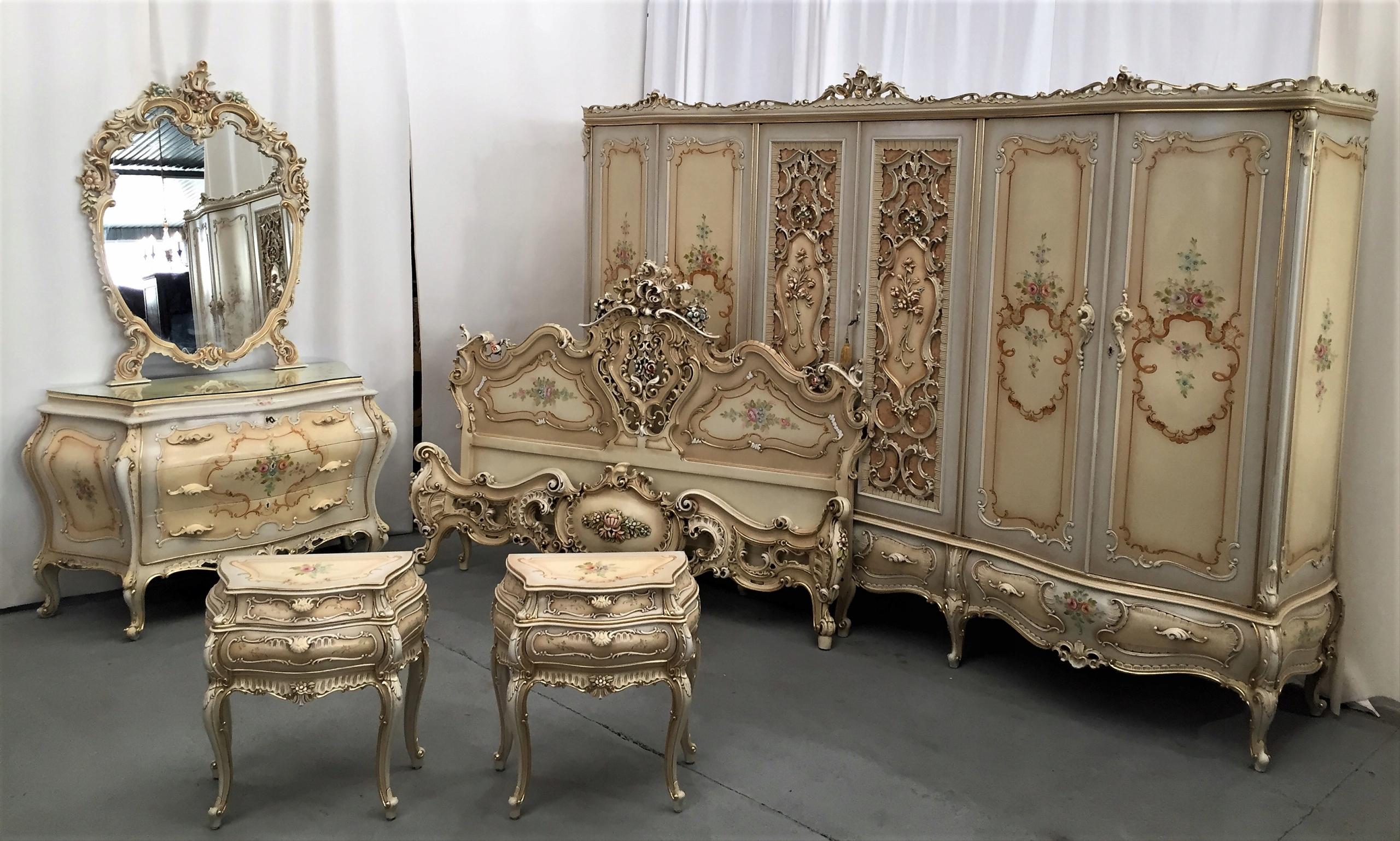 Piękna Włoska Sypialnia łóżko Szafa Szafki Komoda