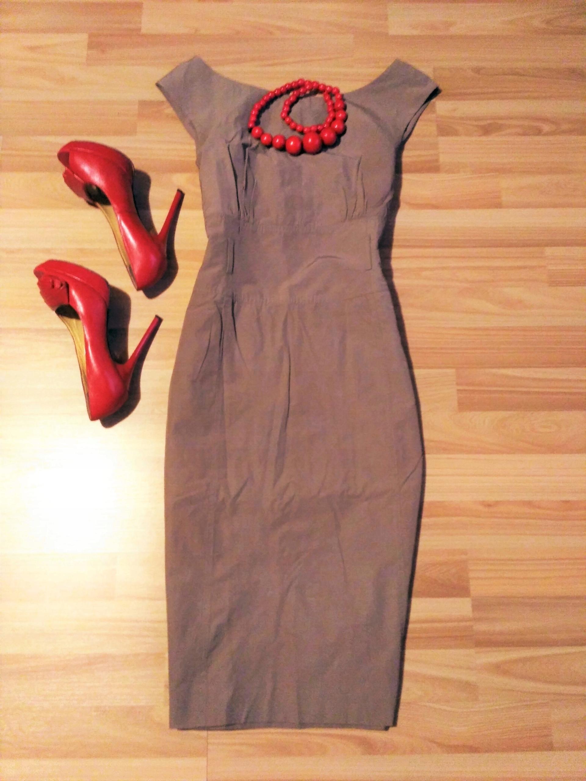 486df87c69 SIMPLE sukienka BEŻOWA do ŻAKIETU L 40 M 38 - 7576362028 - oficjalne ...