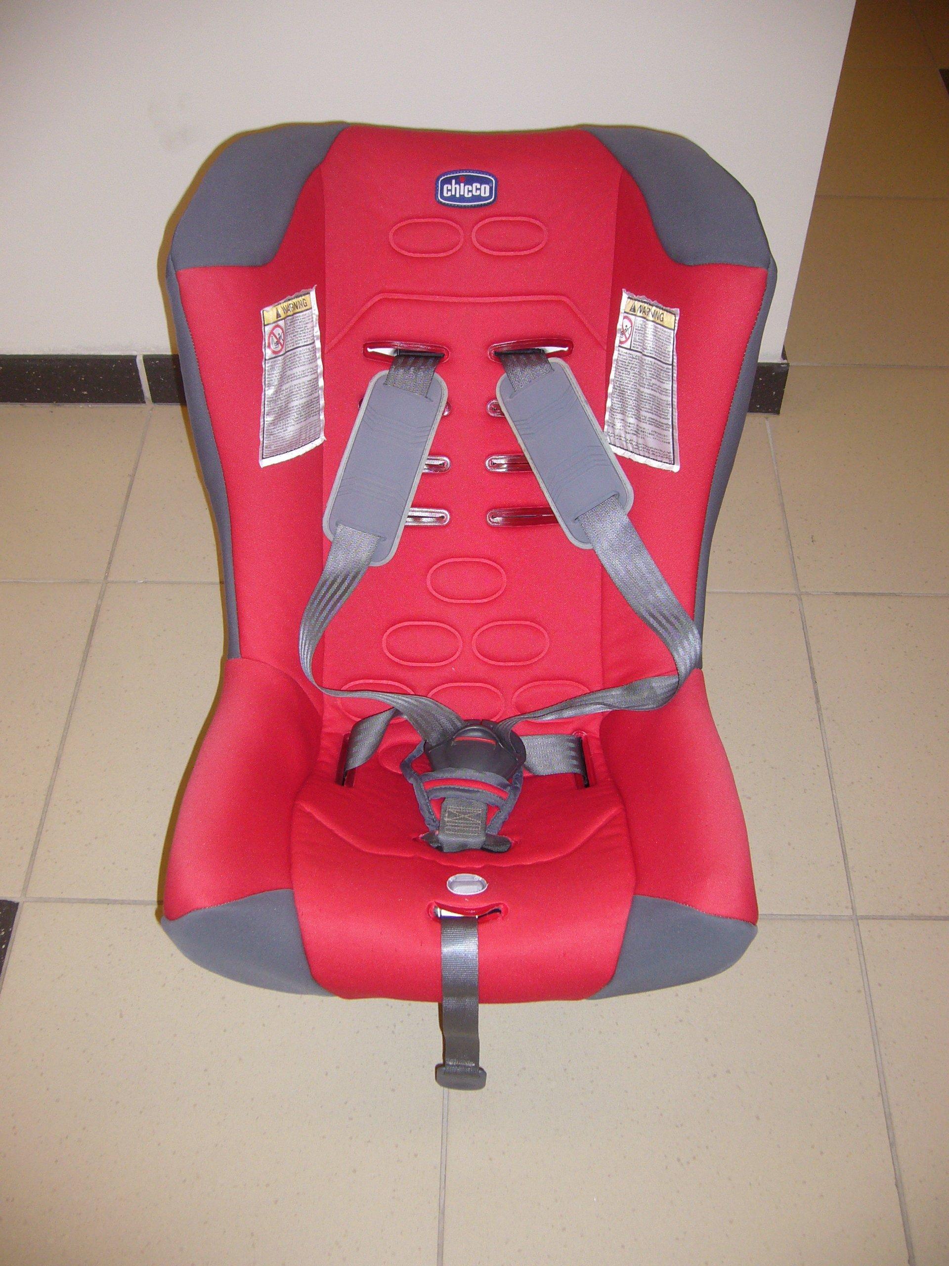 Fotelik samochodowy Chicco 9-18 kg
