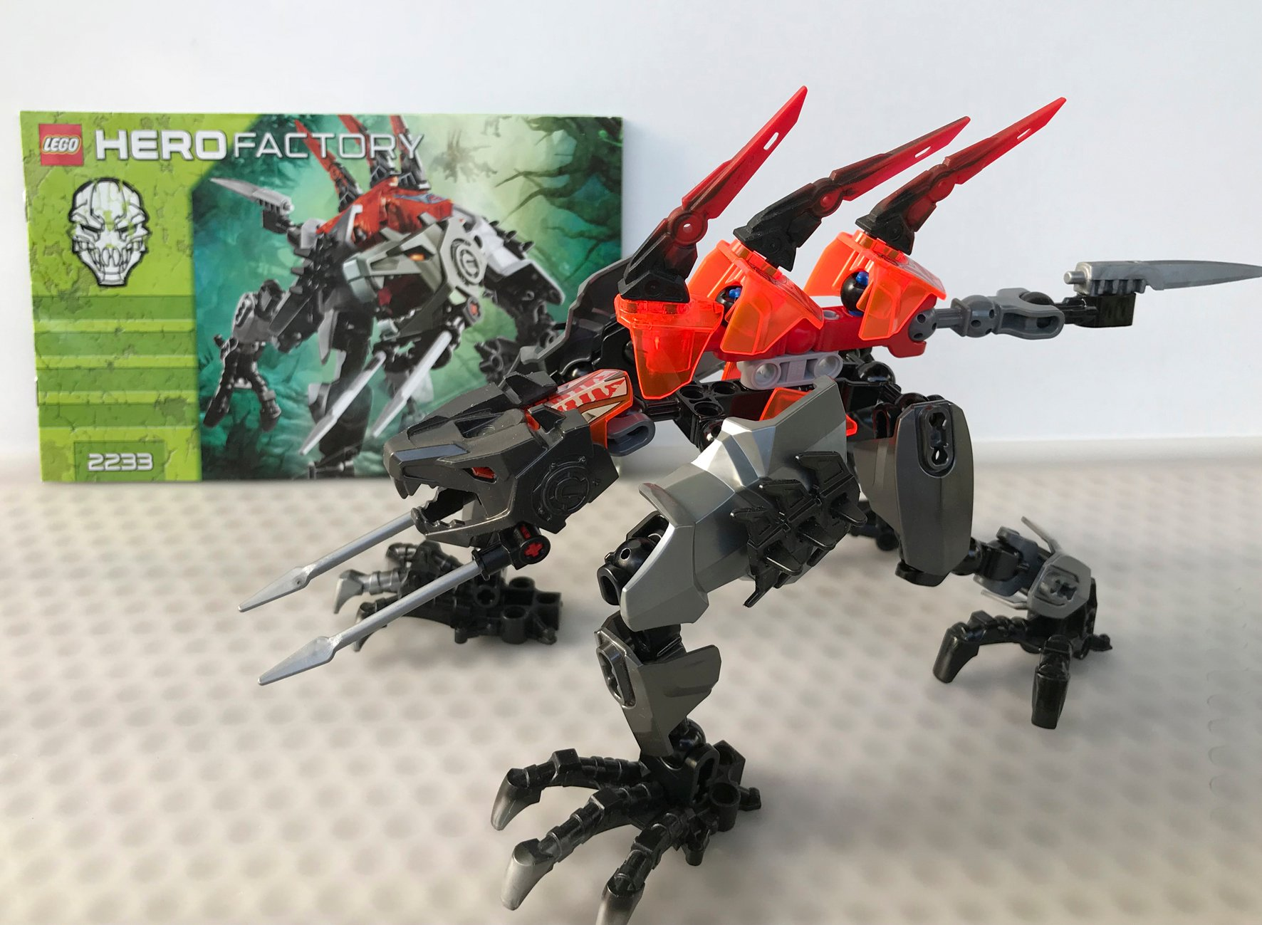 Lego Hero Factory Fangz 2233 Używany Zestaw 7357749347
