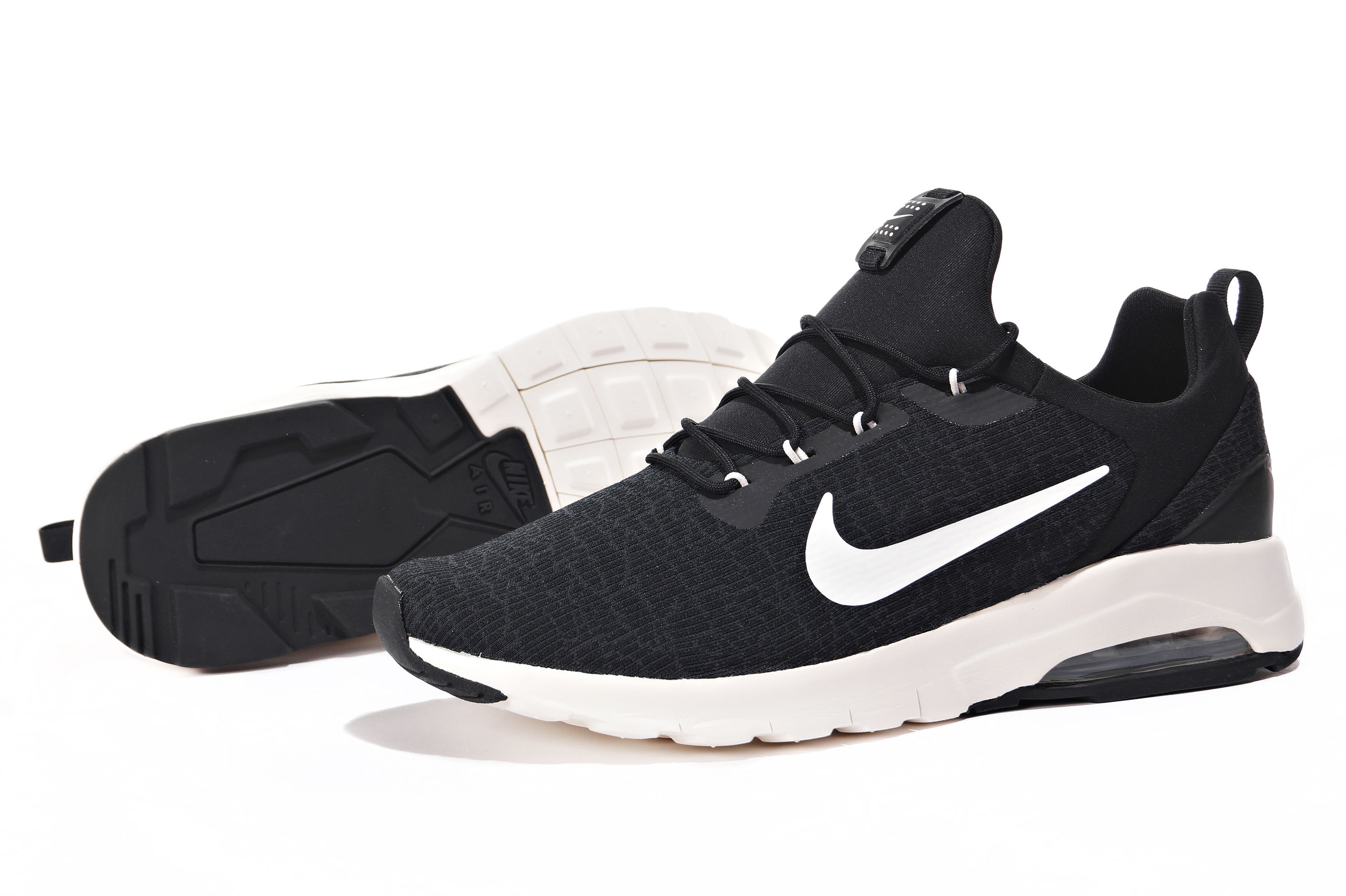 BUTY NIKE AIR MAX MOTION RACER 916771 001 R. 45.5