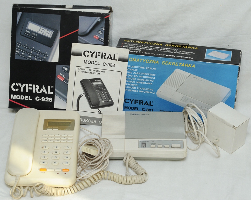 Telefon + sekretarka Cyfral