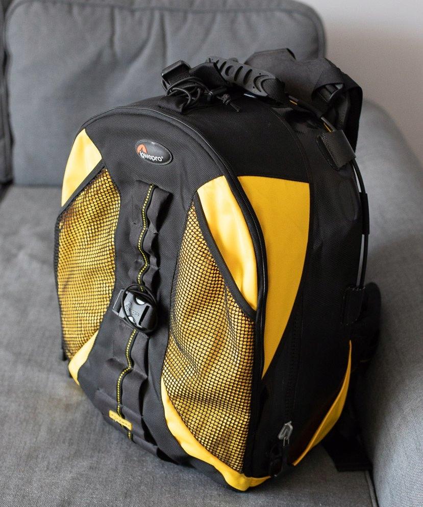 37f0c374461cd WODOODPORNY plecak Lowepro DZ200 DryZone - 7462430709 - oficjalne ...