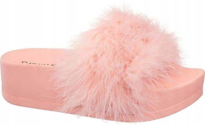 Catwalk różowe klapki z futerkiem rozm. 40