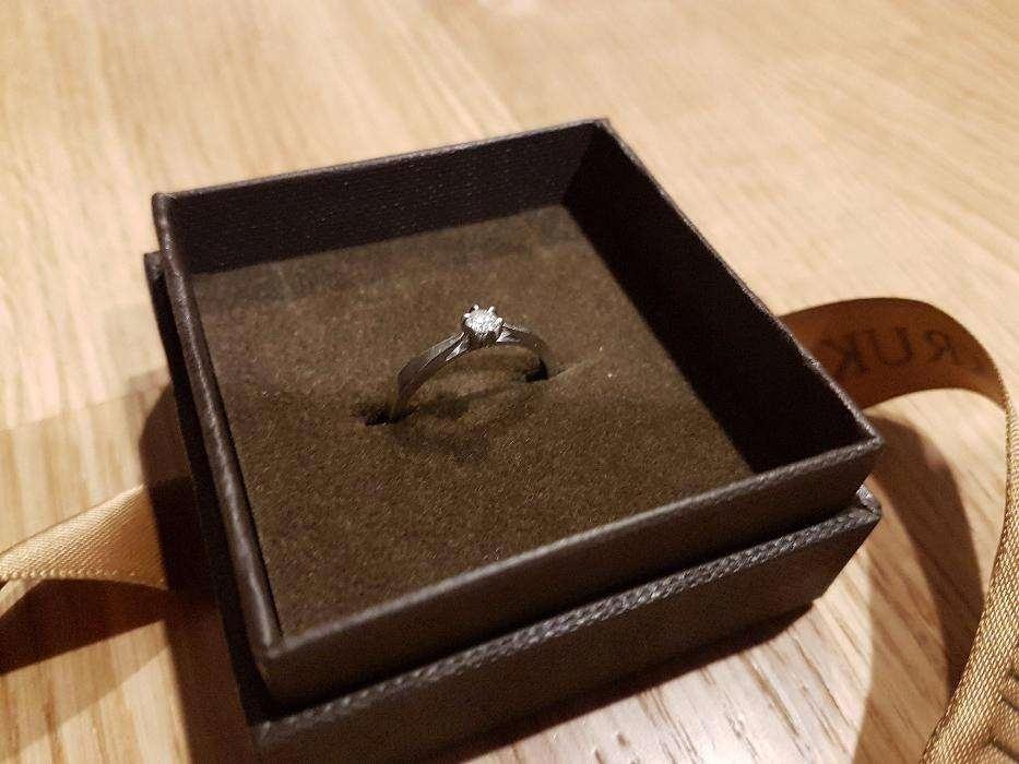 Pierścionek Zaręczynowy Romantyczny Wkruk 7632418222 Oficjalne