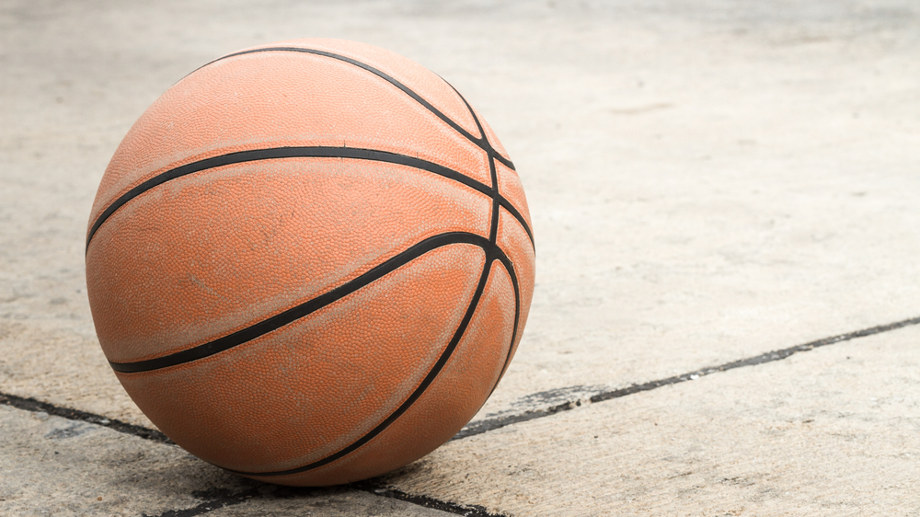Piłki koszykarskie na asfalt: nie do zdarcia