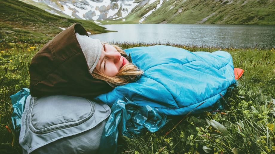Jak dbać o śpiwór puchowy?