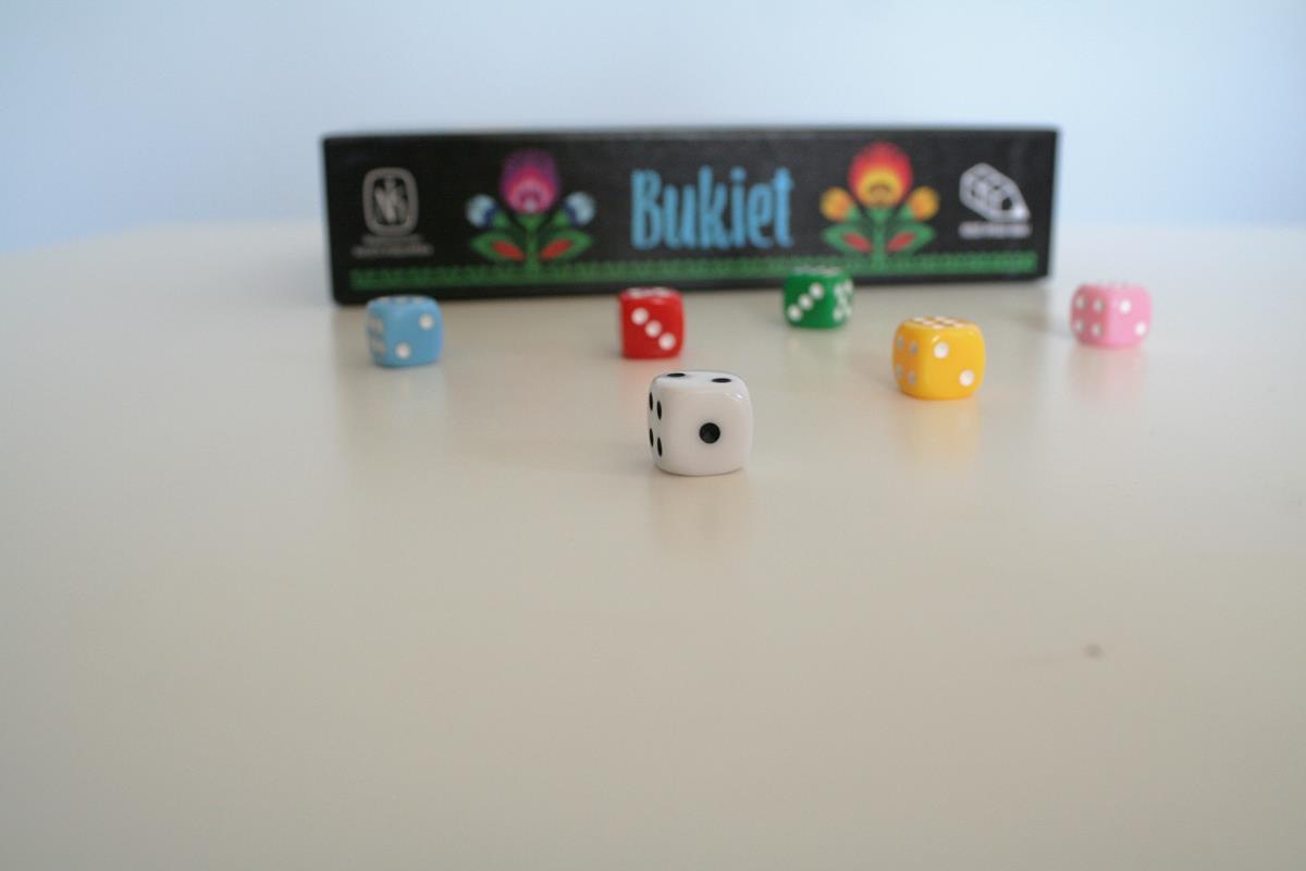 photo 3 - Cubes