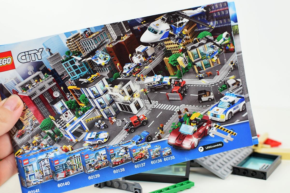 Fotografia 3 Celá séria mesta Lego, ktorá sa týka polície