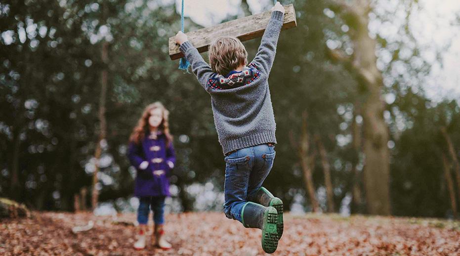Jesienny niezbędnik -  czyli co powinno znaleźć się w szafie aktywnego przedszkolaka