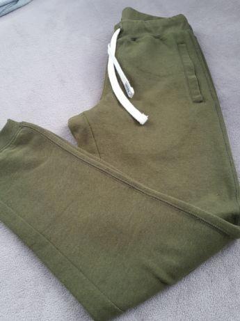 Spodnie dresowe CROPP khaki r. S/M