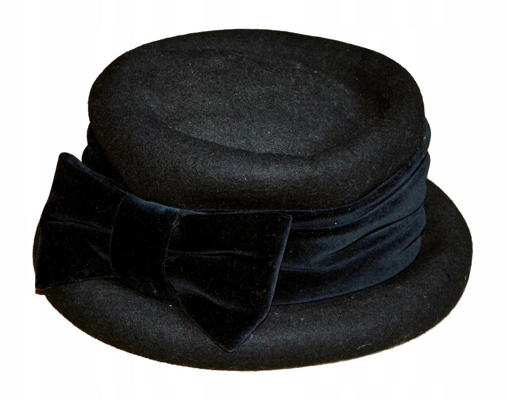 C&A czarny kapelusz z kokardą wełna