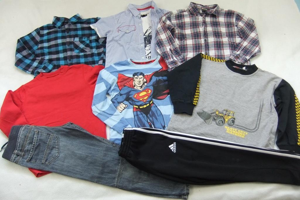 ubranka dla chłopca 122/128 zestaw bluzki spodnie