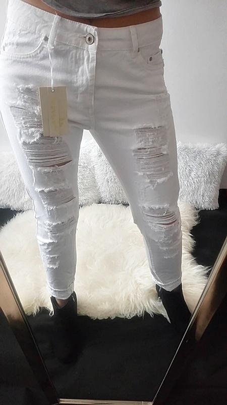 Spodnie Jeansy Z Przetarciami Biale Nowe 7177937190 Oficjalne Archiwum Allegro