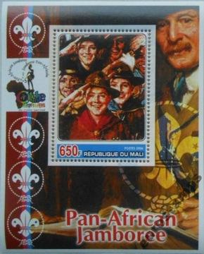 Scouting Baden-Powell Skauci Mali Block (**) # M1014