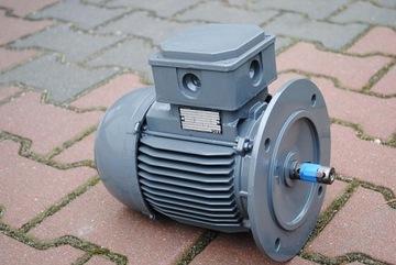 Motora príruby 0,37kw. 910BR./min .. AEG!
