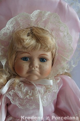 Leonardo Collection śliczna lalka