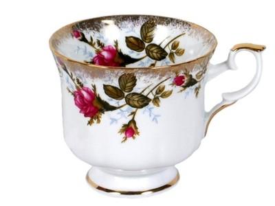 чашка ФОРМОВАННАЯ (простая ) Ноль ,22  0013