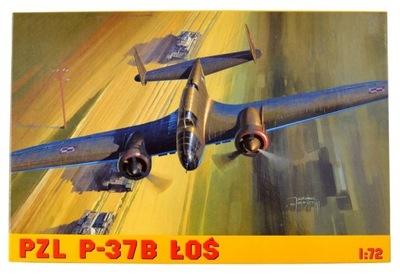 Самолет модель ??? склеивания PZL P-37B LOS + Клей !