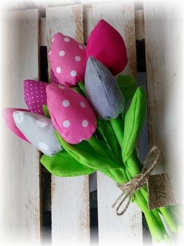 Tulipany szyte z materiału bukiet 9 szt wiosna